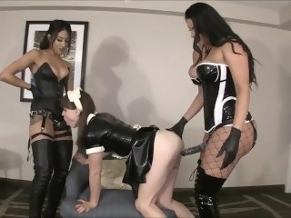 Natalie Mars, Goddess Tangent & Jasmine Mendez added to strapon fetish big ass