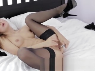 Sexy Russian milf uses a dildo to cum hard mature straight