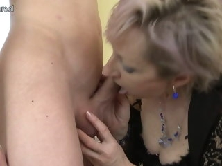 Horny mature mother fucked by young boy mature amateur