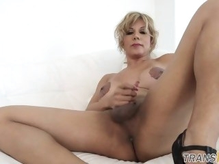 Curvy trans mature riding huge dildo big tits big ass