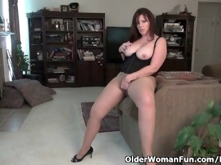 American milf Lauren takes care be worthwhile for say no to magnificent pussy masturbation big ass