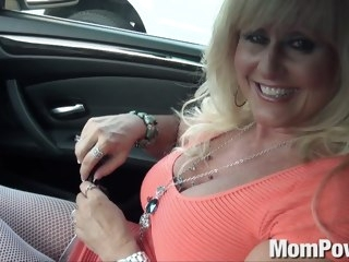 Cougar MILF gets anal blond anal