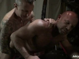 BB all over Garage daddy bareback