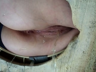 Piss taciturn cams in the toilet amateur pissing