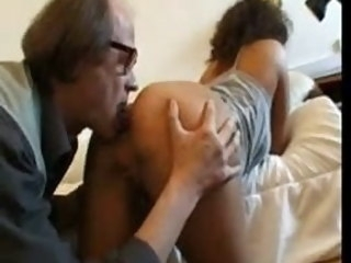 ARAB GIRL Just about OLD MAN - FRENCH mature amateur